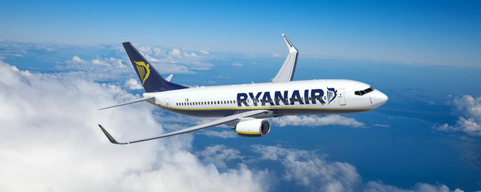 Ryanair assume assistenti di volo